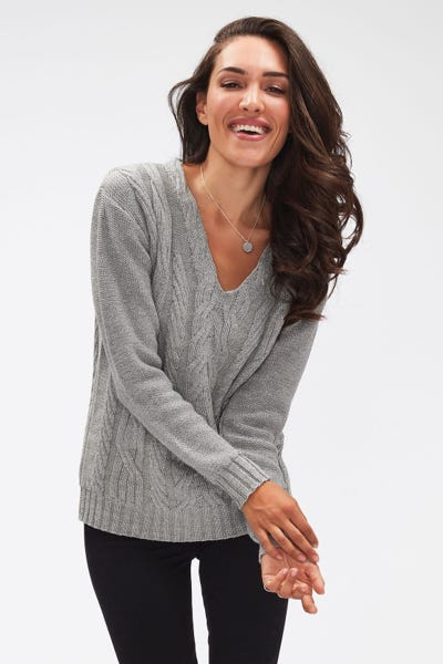 V-NECK CABLE KNIT WOOL DIAMANTE