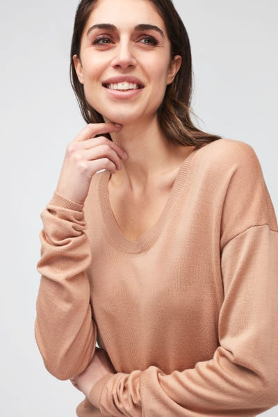 U-NECK KNIT MERINO WOOL  TAN