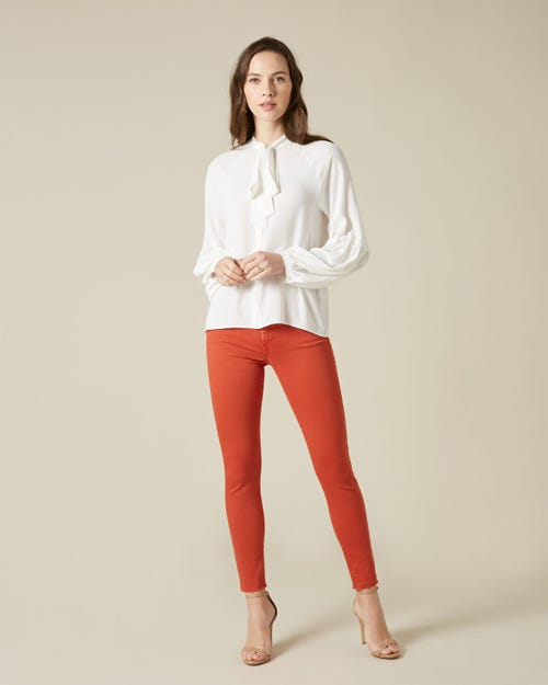 THE SKINNY CROP COLORED SLIM ILLUSION MARMALADE WITH RAW CUT
